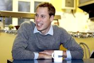 <p>Prince William enjoys a casual tea at a Centrepoint homeless hostel in London.<br></p>