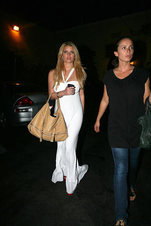 """Jessica Simpson's dress won't stay white for long if she keeps dragging it on the street. LAX/<a href=""""http://www.x17online.com"""" target=""""new"""">X17 Online</a> - May 10, 2008"""