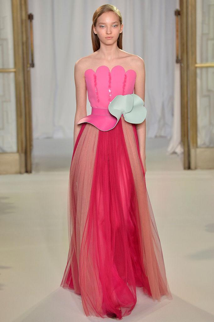 <p>A strapless pink gown at the Delpozo FW18 show. (Photo: Getty) </p>