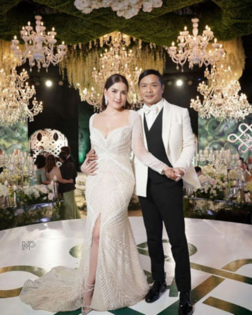 The couple looking glamorous in Francis Libiran