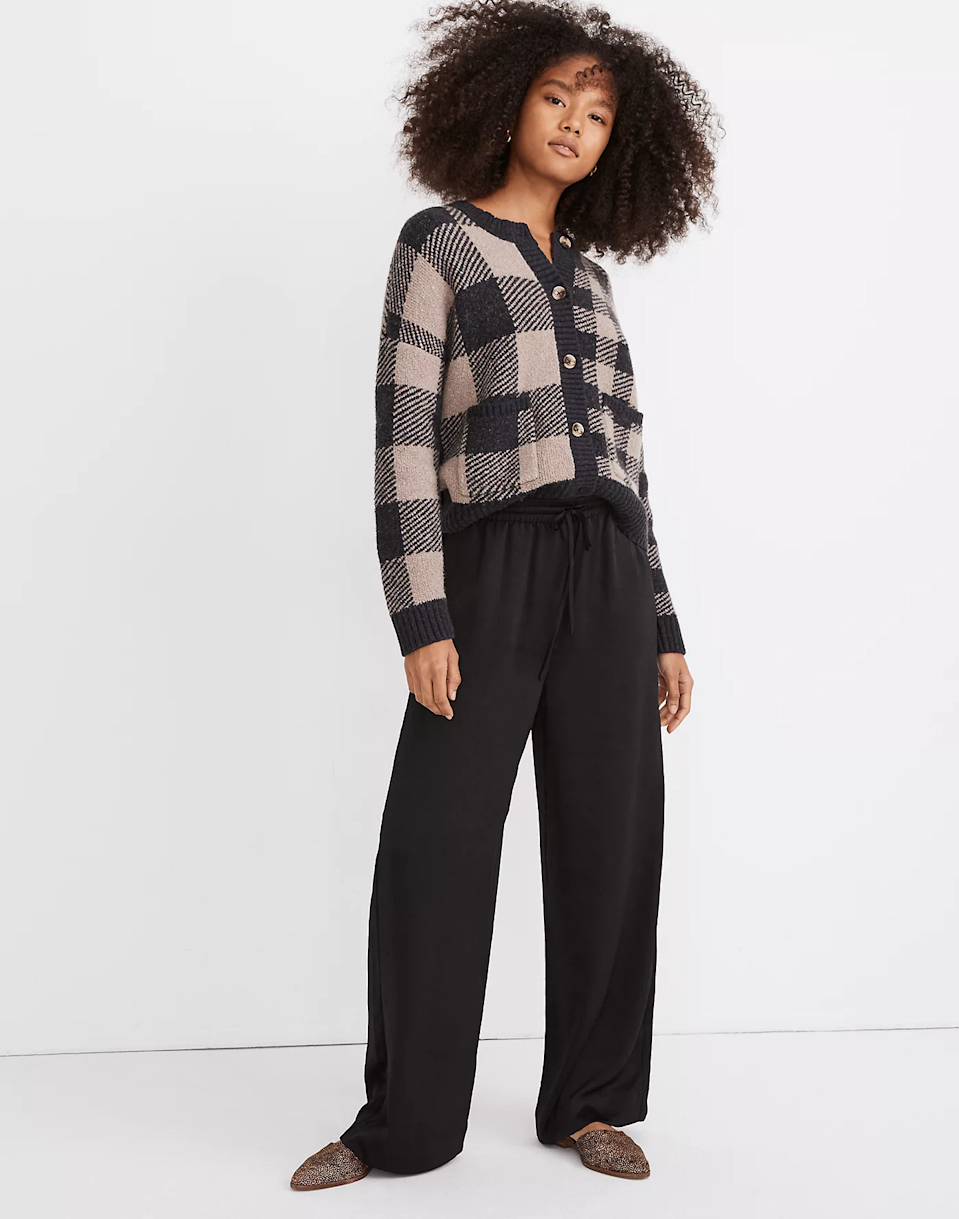 """<br><br><strong>Madewell</strong> Huston Pull-On Full-Length Pants, $, available at <a href=""""https://go.skimresources.com/?id=30283X879131&url=https%3A%2F%2Fwww.madewell.com%2Fhuston-pull-on-full-length-pants-in-pebbled-satin-MC146.html"""" rel=""""nofollow noopener"""" target=""""_blank"""" data-ylk=""""slk:Madewell"""" class=""""link rapid-noclick-resp"""">Madewell</a>"""