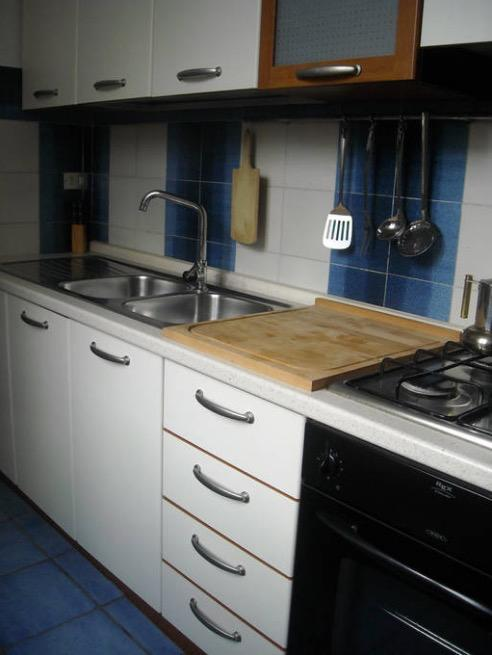 <p>The kitchen is well-equipped enough for you to prepare meals fit for an Amazon.<br>(Airbnb) </p>