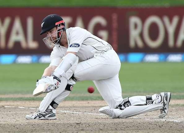 HAMILTON, NEW ZEALAND - MARCH 28: Captain Kane Williamson of New Zealand bats during day four of the Test match between New Zealand and South Africa at Seddon Park on March 28, 2017 in Hamilton, New Zealand. (Photo by Dave Rowland/Getty Images)