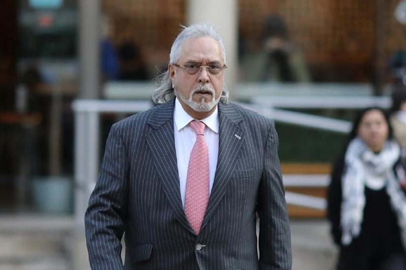 You Better Wear Both Hats, SC Tells SG Tushar Mehta in Mallya's UBHL Winding Up Case