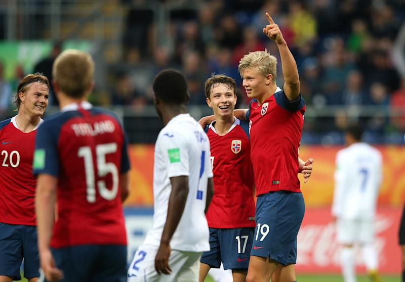 LUBLIN, POLAND - MAY 30: Erling Haland of Norway celebrates after scoring his team's eleventh goal during the 2019 FIFA U-20 World Cup group C match between Norway and Honduras at Lublin Stadium on May 30, 2019 in Lublin, Poland. (Photo by Alex Livesey - FIFA/FIFA via Getty Images)