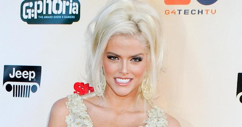 Anna Nicole Smith Was Considered for Cameron Diaz's Role in Jim Carrey's Comedy The Mask
