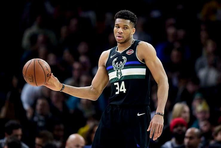 EMac gives his favorite NBA DFS picks for Yahoo + DraftKings + FanDuel daily fantasy basketball lineups Giannis Antetokounmpo | Friday 4/2/21