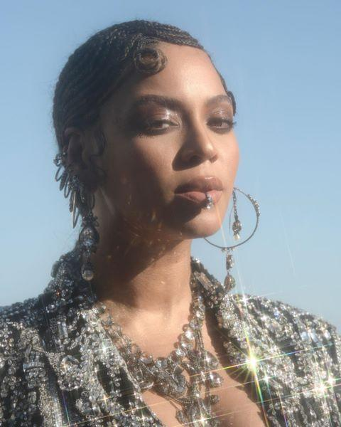 """<p>Curved cornrows, like here on queen Beyoncé, are a dynamic and striking look. Taylor says you can start cornrows from any point on the hairline.</p><p><a href=""""https://www.instagram.com/p/Bz543UEH46g/"""" rel=""""nofollow noopener"""" target=""""_blank"""" data-ylk=""""slk:See the original post on Instagram"""" class=""""link rapid-noclick-resp"""">See the original post on Instagram</a></p>"""