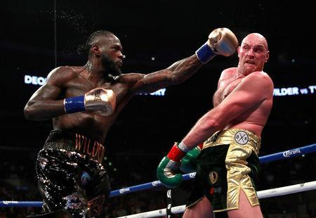 Boxing - Deontay Wilder v Tyson Fury - WBC World Heavyweight Title - Staples Centre, Los Angeles, United States - December 1, 2018 Deontay Wilder in action against Tyson Fury Action Images via Reuters/Andrew Couldridge
