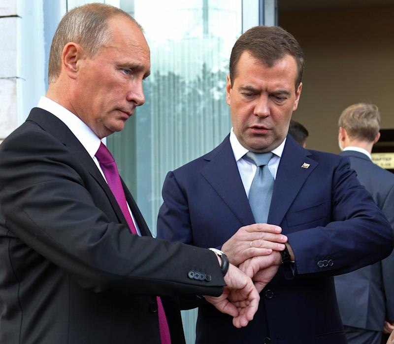 What time is it? Russia's Medvedev resists change