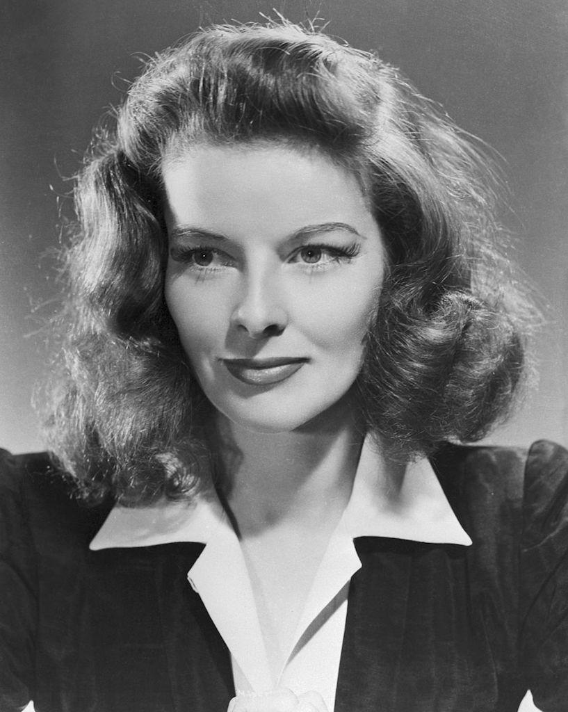 "Iconic movie star <strong>Katharine Hepburn </strong>was raised in <a href=""https://www.biography.com/actor/katharine-hepburn"" rel=""nofollow noopener"" target=""_blank"" data-ylk=""slk:Hartford, Connecticut"" class=""link rapid-noclick-resp"">Hartford, Connecticut</a>, where her feminist mom involved her in her efforts with the <a href=""https://connecticuthistory.org/katharine-houghton-hepburn-a-woman-before-her-time/"" rel=""nofollow noopener"" target=""_blank"" data-ylk=""slk:Connecticut Woman Suffrage Association"" class=""link rapid-noclick-resp"">Connecticut Woman Suffrage Association</a>. Hepburn also became an active golfer and competed in the <a href=""https://books.google.com/books?id=fkKFDwAAQBAJ&pg=PT96&lpg=PT96&dq=katharine+hepburn+Connecticut+Young+Women%27s+Golf+Championship&source=bl&ots=dn_BmxcXxp&sig=ACfU3U32ehvx5p0-rv3qUPnGLWahnjX8bw&hl=en&sa=X&ved=2ahUKEwitgqHPt4HoAhUFhOAKHaIDC8cQ6AEwBnoECAgQAQ#v=onepage&q=katharine%20hepburn%20Connecticut%20Young%20Women's%20Golf%20Championship&f=false"" rel=""nofollow noopener"" target=""_blank"" data-ylk=""slk:Connecticut Young Women's Golf Championship"" class=""link rapid-noclick-resp"">Connecticut Young Women's Golf Championship</a>. Connecticut continued to be home for Hepburn throughout her life. Shortly after turning 96, she died at the Hepburn family home in <a href=""https://www.nytimes.com/2003/06/29/obituaries/katharine-hepburn-spirited-actress-dies-at-96.html"" rel=""nofollow noopener"" target=""_blank"" data-ylk=""slk:Fenwick, Connecticut"" class=""link rapid-noclick-resp"">Fenwick, Connecticut</a> and was buried in Cedar Hill Cemetery in Hartford."