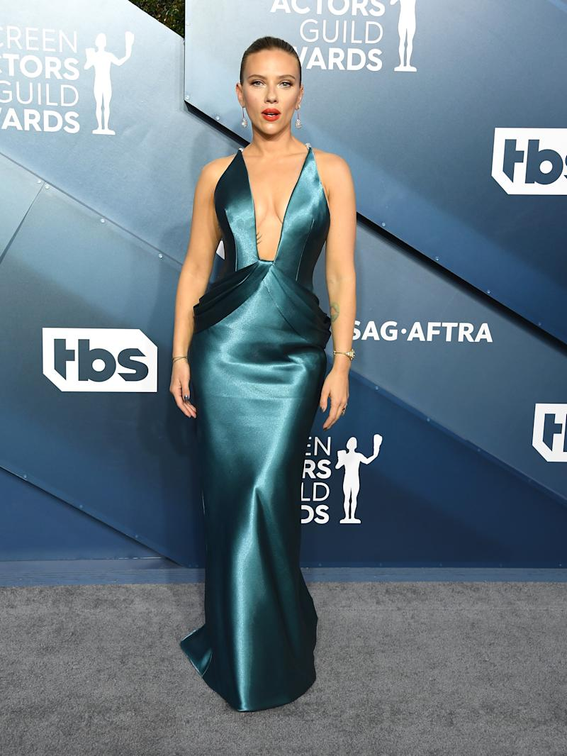 LOS ANGELES, CALIFORNIA - JANUARY 19: Scarlett Johansson arrives at the 26th Annual Screen Actors Guild Awards at The Shrine Auditorium on January 19, 2020 in Los Angeles, California. (Photo by Steve Granitz/WireImage)