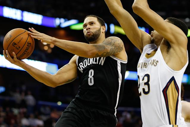 Referee Courtney Kirkland apologizes to Deron Williams for call: 'My bad' (Video)
