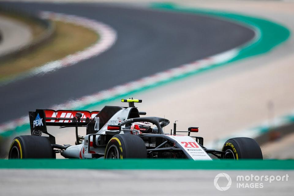 "Kevin Magnussen, Haas VF-20<span class=""copyright"">Zak Mauger / Motorsport Images</span>"