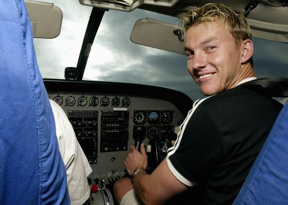 NAIROBI - SEPTEMBER 2:  Brett Lee of Australia takes the controls of the plane during a safari to the Masai Mara, Kenya on September 2, 2002. (Photo by Hamish Blair/Getty Images)
