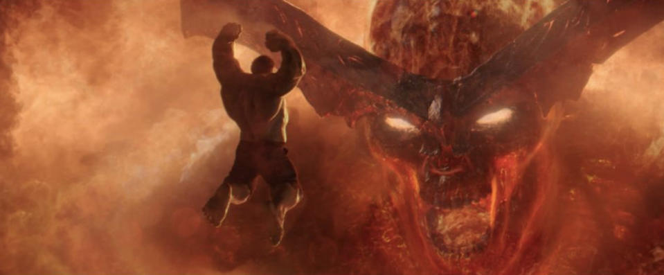 Hulk vs. Surtur in <i>Thor: Ragnarok</i>. (Photo: Marvel Studios)