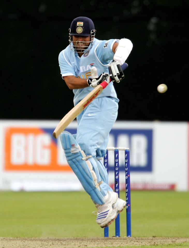 BELFAST, UNITED KINGDOM - JUNE 26:  Sachin Tendulkar of India avoids a bouncher from Andre Nel during the Future Cup one day international match between India and South Africa at the Civil Service Cricket Ground, Stormont on June 26, 2007 in Belfast, Northern Ireland.  (Photo by Richard Heathcote/Getty Images)