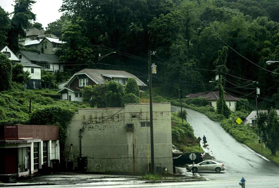 APPALACHIA, VIRGINIA - July 22: In remote mountain towns of southwestern Virginias coal country prescription opioids flooded the area decimating communities like Appalachia, Virginia, on Monday July 22, 2019.  (Photo by Melina Mara/The Washington Post via Getty Images)