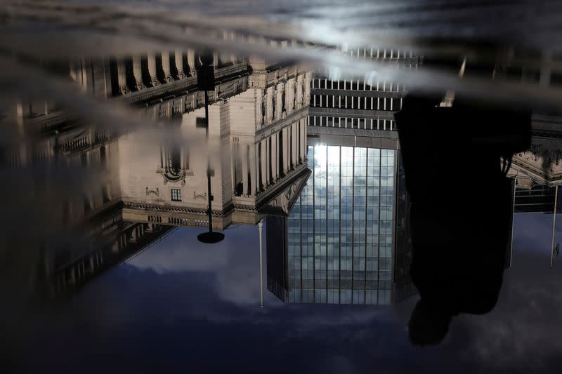 Central bank help to virus-stricken economies would be opportunity to sell, says Exante Data
