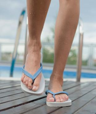 Flip flops might be cute, but they're a fail when it comes to health.