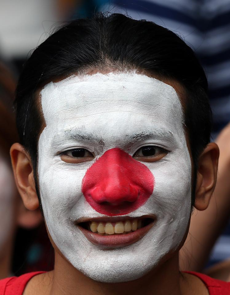 GLASGOW, SCOTLAND - JULY 26:  A Japanese fan during the Men's Football first round Group D Match of the London 2012 Olympic Games between Spain and Japan at Hampden Park on July 26, 2012 in Glasgow, Scotland.  (Photo by Stanley Chou/Getty Images)