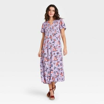 <p>You'll look and feel fabulous in this flowy <span>Knox Rose Short Sleeve Dress</span> ($35).</p>