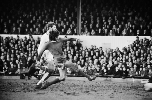 Manchester United player George Best scores during a match against Northampton Town, UK, 7th February 1970.  (Photo by Joe Bangay/Daily Express/Getty Images) (Photo: Joe Bangay via Getty Images)