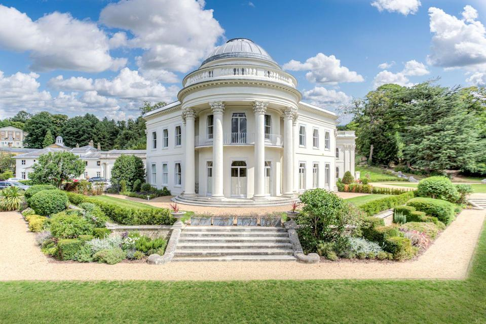 """<p>Like something out of Bridgerton, this exquisite country house provides 22 individual apartments, one of which has just gone on the market. You'll find sweeping <a href=""""https://www.housebeautiful.com/uk/garden/designs/g33976949/garden-outdoor-trend-predictions/"""" rel=""""nofollow noopener"""" target=""""_blank"""" data-ylk=""""slk:gardens"""" class=""""link rapid-noclick-resp"""">gardens</a>, a grand entrance hall, exceptional drawing room, Insta-worthy wall panelling, and an impressive oak fireplace with decorative surround. </p><p><a href=""""https://www.knightfrank.co.uk/properties/residential/for-sale/the-mansion-willoughby-lane-sundridge-park-bromley-br1/dul012060987"""" rel=""""nofollow noopener"""" target=""""_blank"""" data-ylk=""""slk:This property is currently on the market for £2,000,000 via Knight Frank"""" class=""""link rapid-noclick-resp"""">This property is currently on the market for £2,000,000 via Knight Frank</a>. </p>"""