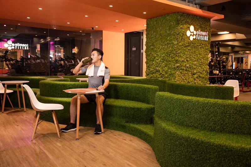 eliment FitLax 靈活按月收費 輕鬆安心健身 Relaxing area
