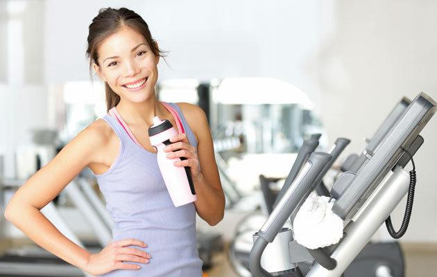 7 in 10 Singaporeans are still not getting their recommended daily exercise. (Think Stock photo)