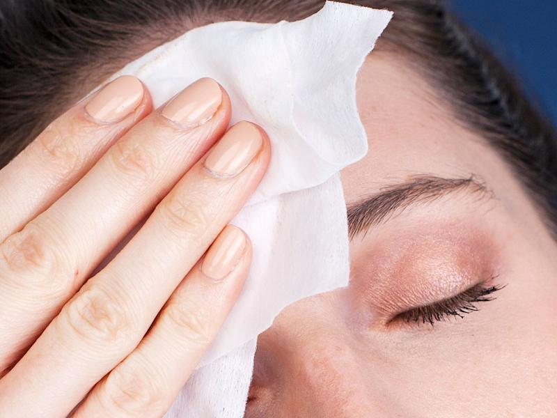 The Lazy Girl's Guide To Makeup Removal