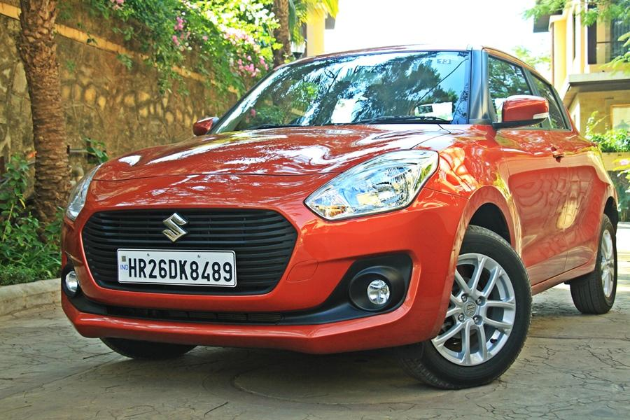 <p>Maruti Swift AMT (Rs 7.32 lakh): The Swift AMT is also a very good hatch in AMT form. The Swift shows how the AMT gearbox has come now and is much better from the earlier Maruti AMTs. The biggest advantage of an AMT gearbox is the efficiency and the AMT of Swift is quite efficient. </p>