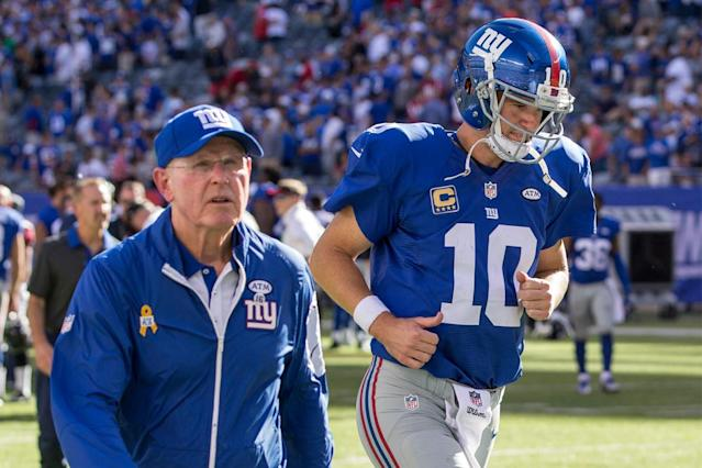 Tom Coughlin texts Eli Manning amid the Giants noise