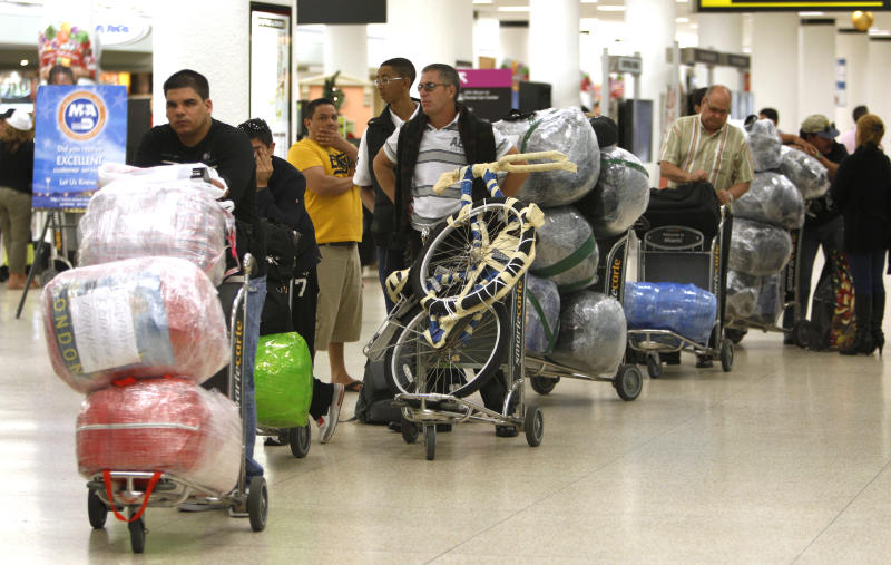 Cuba cracks down on goods in travelers' luggage