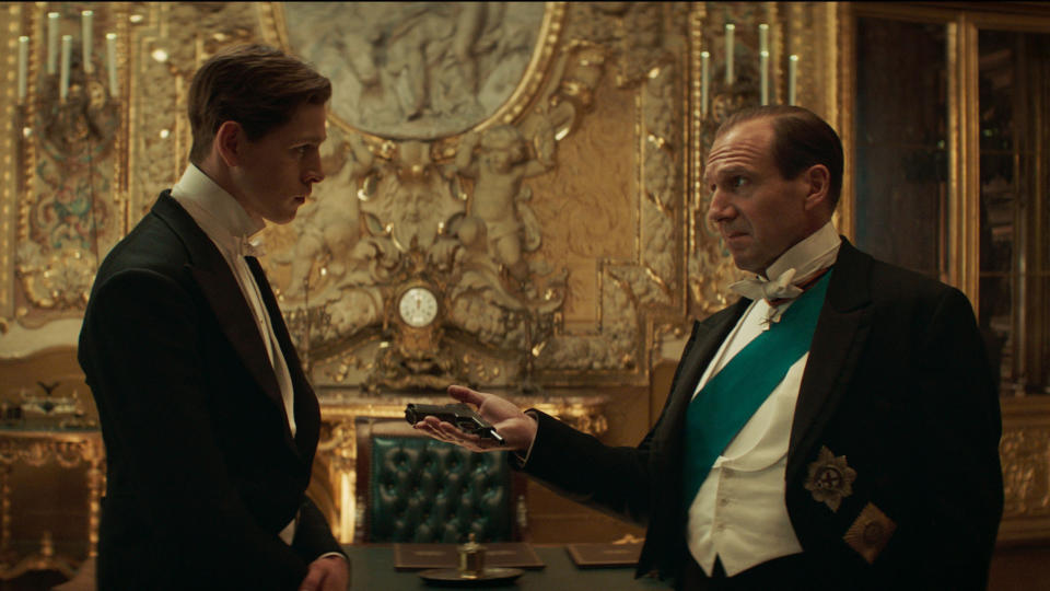 Harris Dickinson and Ralph Fiennes in 'The King's Man'. (Credit: 20th Century Studios)
