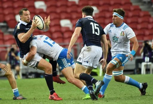 Scotland thump Italy in steamy Singapore rugby match