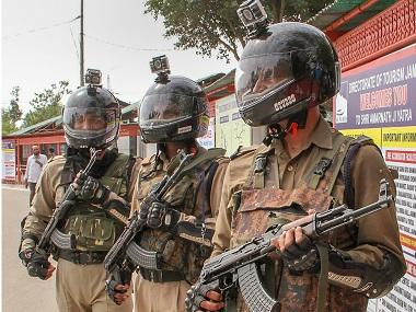 Police official shoots senior dead at Ranchi: Poor command structure, long tenures in conflict zones cause stress, says expert
