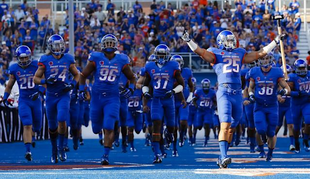 Boise State linebacker Christopher Santini (25) carries the hammer before an NCAA college football game against Air Force in Boise, Idaho, Friday, Sept. 13, 2013. (AP Photo/Otto Kitsinger)