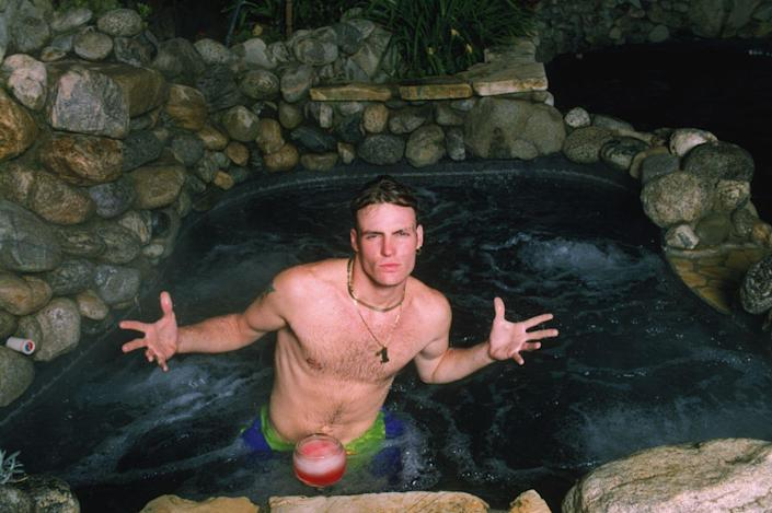 <p>Vanilla Ice at home in 1990. </p>