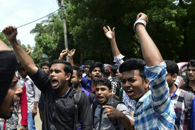 Students in the Bangladeshi capital Dhaka protest after the murder of law student Nazimuddin Samad on April 7, 2016