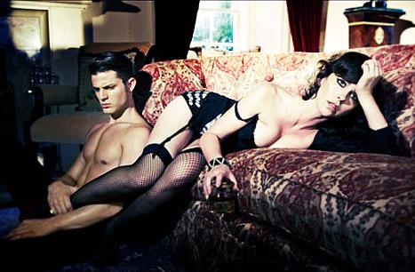 Lingerie-Clad Jennifer Love Hewitt Sprawls on Sofa With Shirtless Hunk