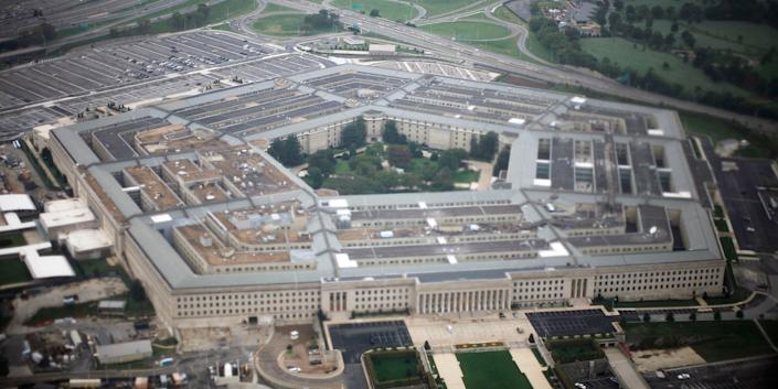 FILE PHOTO: Aerial view of the United States military headquarters, the Pentagon, September 28, 2008. REUTERS/Jason Reed  (UNITED STATES)