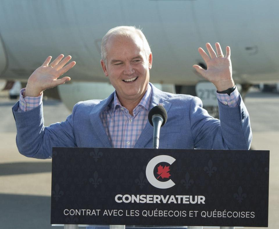 """<span class=""""caption"""">Conservative Leader Erin O'Toole greets supporters at a campaign event in Québec City. </span> <span class=""""attribution""""><span class=""""source"""">THE CANADIAN PRESS/Ryan Remiorz </span></span>"""