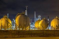 Globe containers holding liquid natural gas