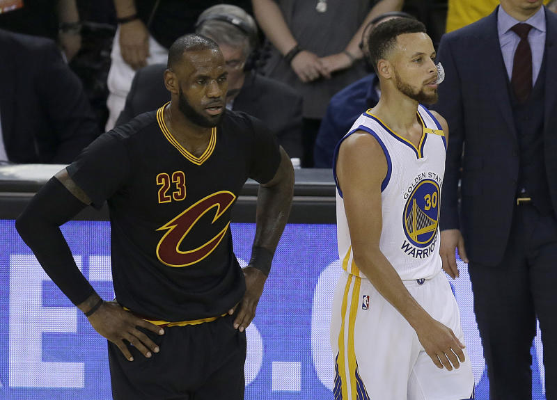 Stephen Curry continues to lead LeBron James on the NBA s list of top-selling  jerseys. (AP) 610acb3fa