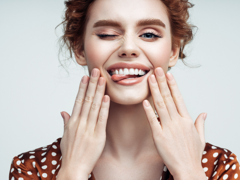 Get yourself some pearly whites without shelling out. (Photo: Getty Images)