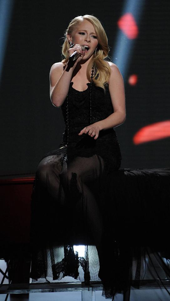 "Hollie Cavanagh performs ""Bleeding Love"" by Leona Lewis on ""<a target=""_blank"" href=""http://tv.yahoo.com/american-idol/show/34934"">American Idol</a>."""