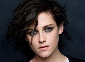Don't hold your girlfriend's hand in public: Kristen Stewart was told to hide sexuality to get Marvel movie