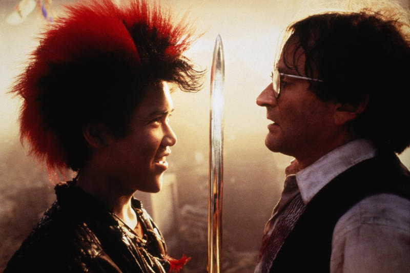 Actors Dante Basco and Robin Williams on the set of the film Hook, directed by Steven Spielberg. (Photo by Murray Close/Sygma/Sygma via Getty Images)