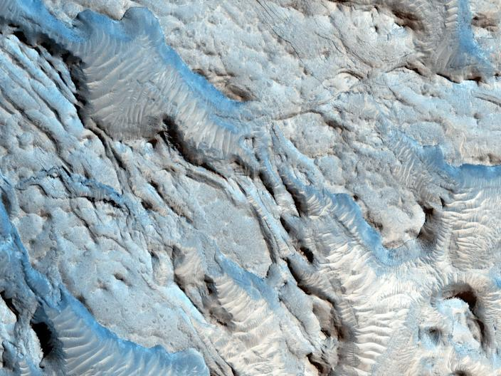 mars surface river channels water